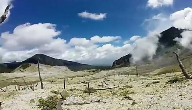 Tempat wisata gunung papandayan garut