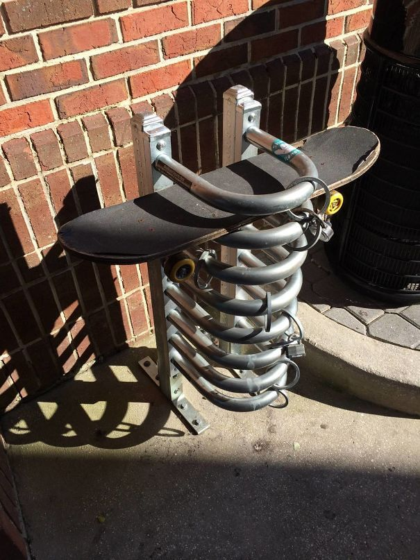 30 Extremely Intelligent School & University Ideas That Will Make You Jealous - My School Has Skateboard Parking