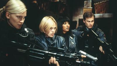 Ghosts of Mars 2001 horror movie still Natasha Henstridge Clea DuVall Pam Grier