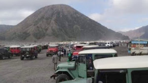 Wisatawan gunung Bromo keluhkan tingginya tarif sewa Jip sepaket tiket masuk