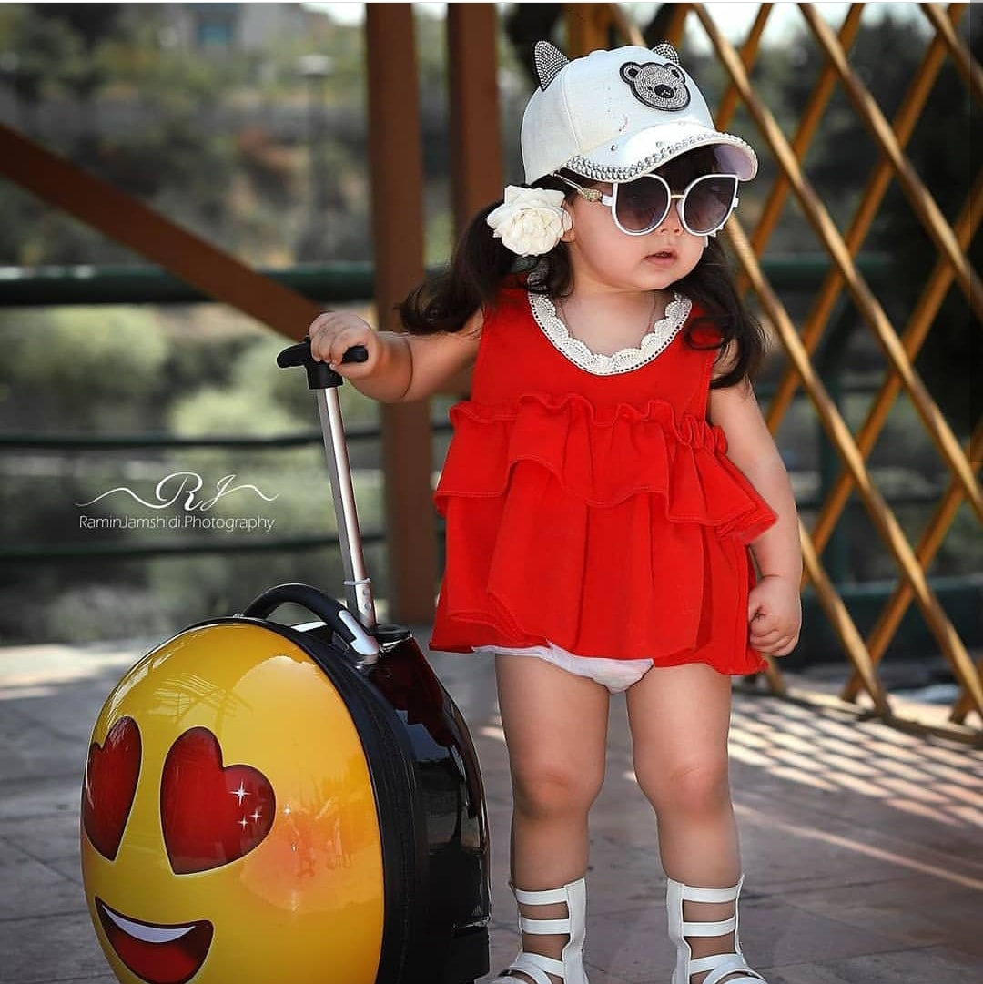 Very Cute Baby Images Hd Girl Cute Baby Girl Images Best Love Status Images Collection Of Latest Whatsapp Dp For Girls