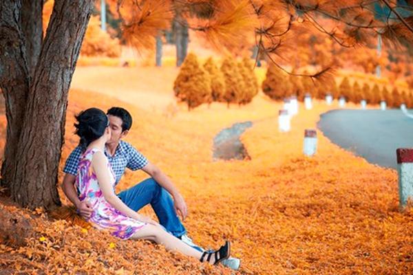 Hồ Xuân Hương địa điểm hẹn hò lý tưởng cho các đôi uyên ương