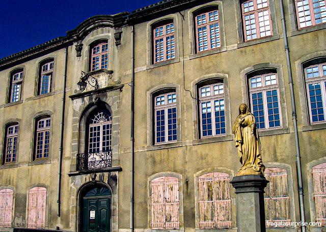 Convento em Carcassonne, França