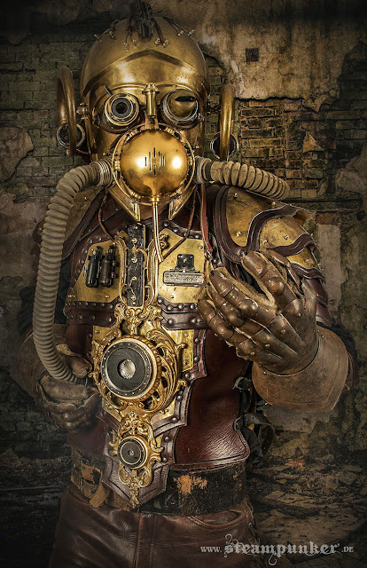 Gold brass steampunk robot warrior man (leather and brass armor and helmet)