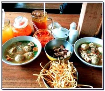 Bakso So'un & Mie Ayam Lodaya Kota Bandung Jawa Barat
