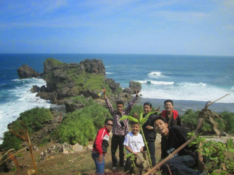 Pantai lambor 2
