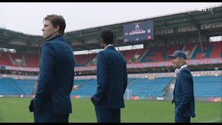 Futbolistas estadio NRK