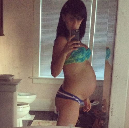 Hilaria Baldwin shows baby bump
