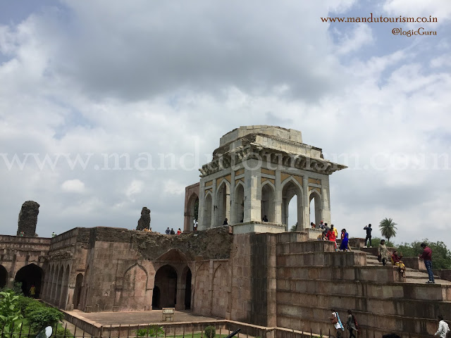 Infromation about tower of victory mandu