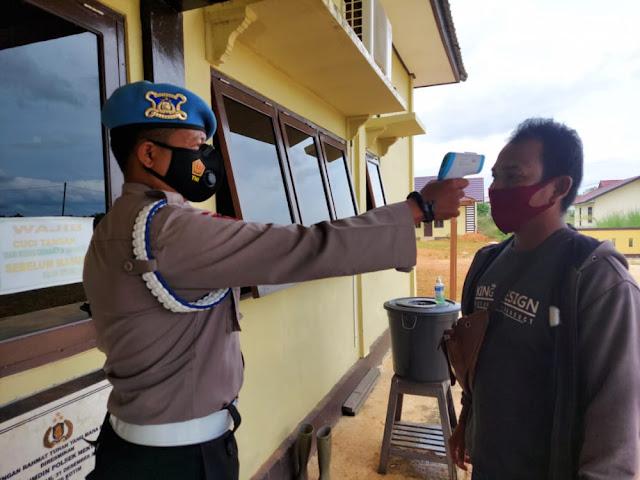 Amankan Kesehatan Personil dan Masyarakat, Polsek Mentaya Hulu Wajibkan Pemakaian Masker
