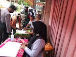 Kapolsek Bersama Forkopimcam Bandongan Pimpim Gelar Operasi Yustisi Gabungan Di Pasar Rejosari