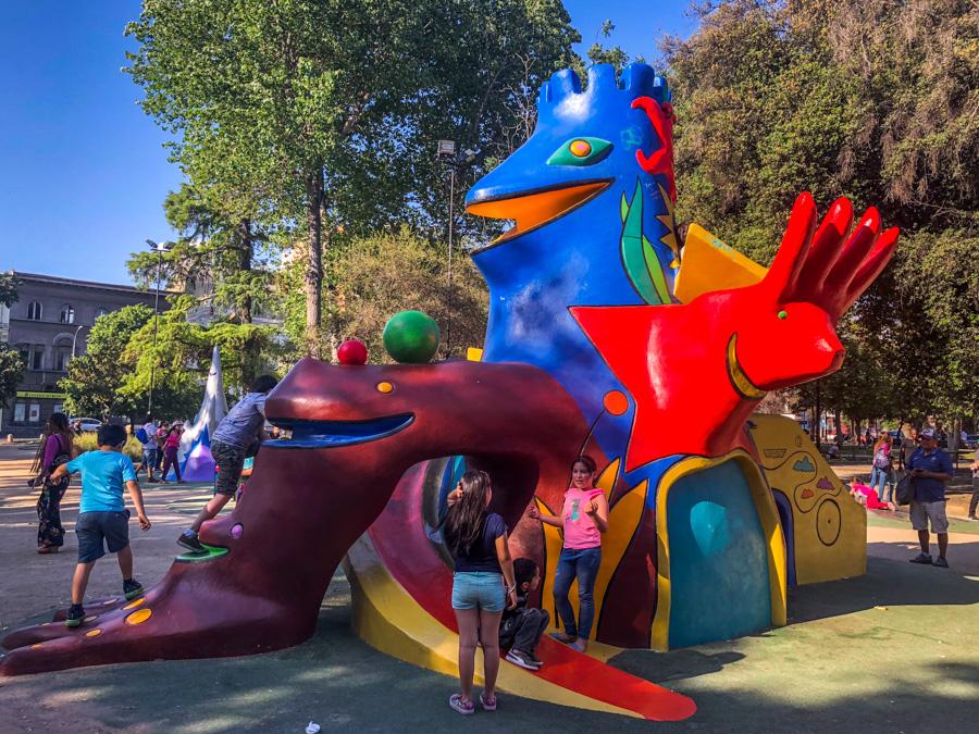 Plaza Brasil   Juegos de Federica Matta