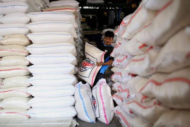 Indonesia Belum Kebanjiran Impor Beras Awal Tahun 2018