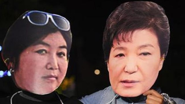 South Koreans rally anew in Seoul against President Park Geun-hye