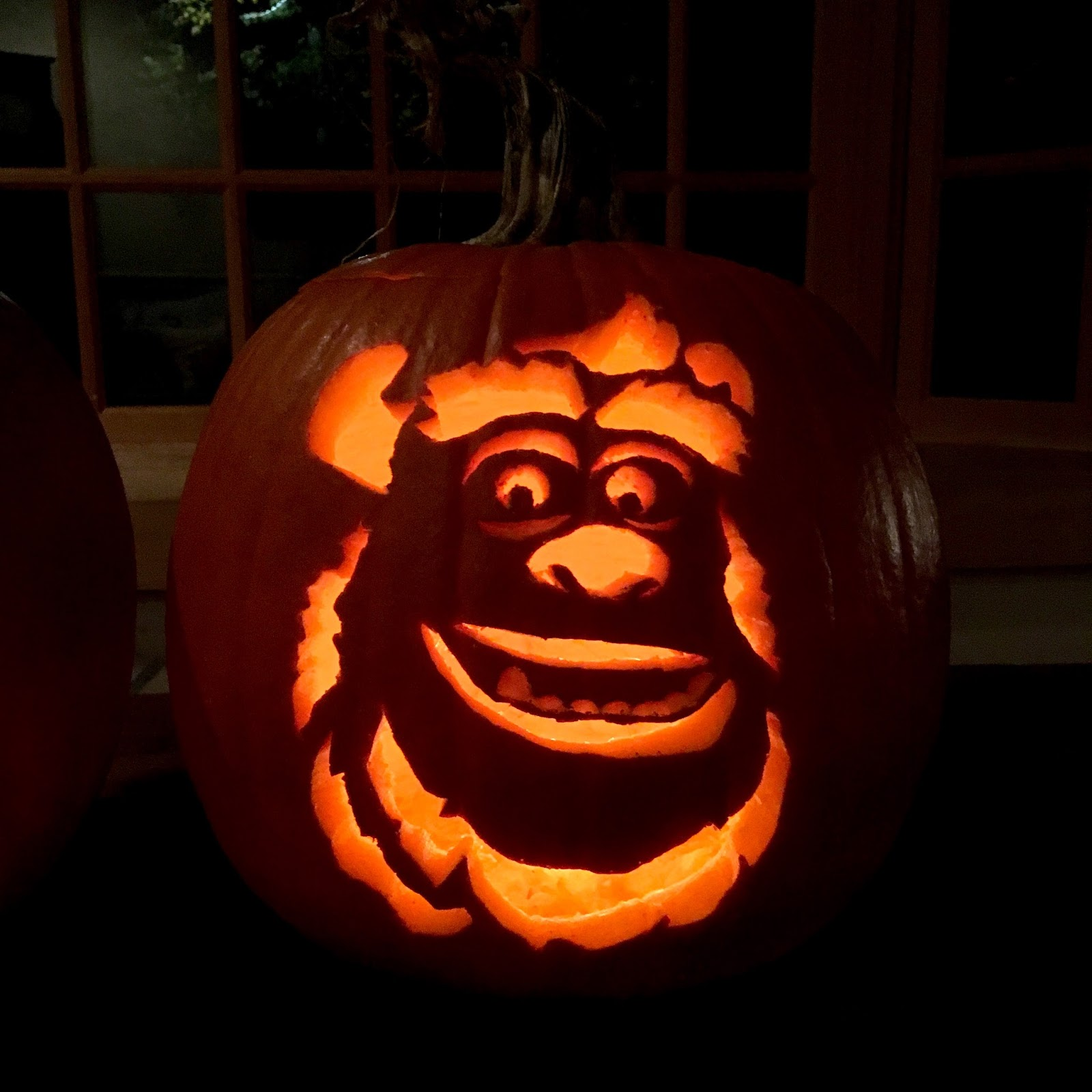 Dan the pixar fan events pixar themed pumpkin carving 2016 for Sully pumpkin template