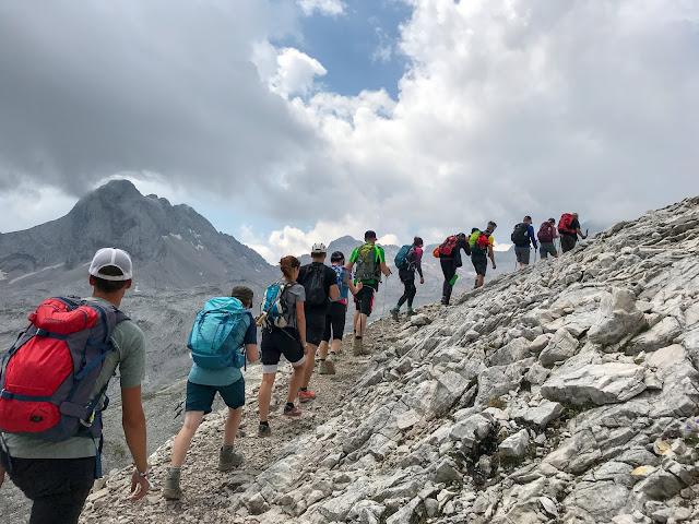 Übers Gatterl auf die Zugspitze  Alpentestival Garmisch-Partenkirchen   Gatterl-Tour auf die Zugspitze über ehrwalder Alm und Knorrhütte 12