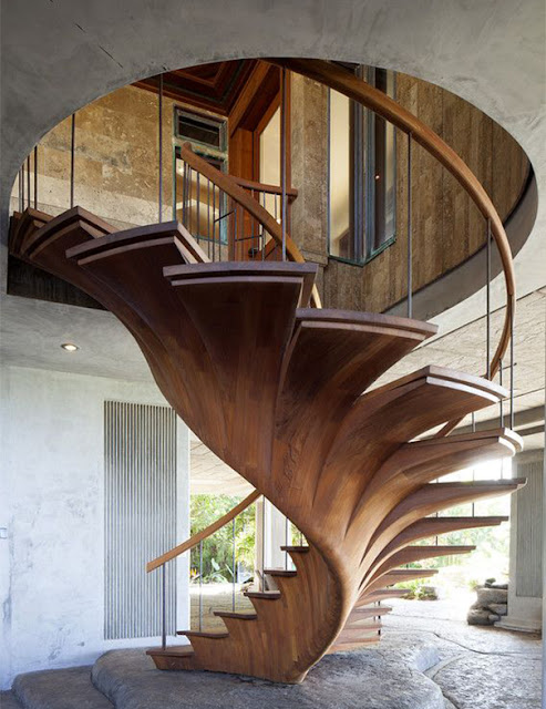 Green Pear Diaries, interiorismo, escaleras, interiores con encanto