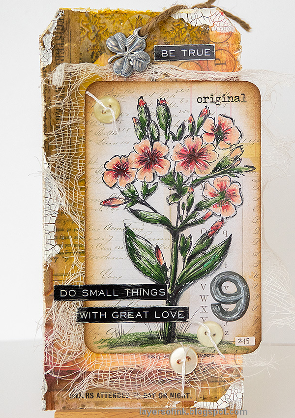 Layers of ink - Vintage Floral Tag Tutorial by Anna-Karin Evaldsson.
