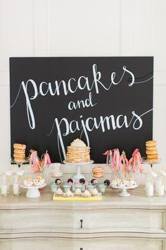 idées party fête déjeuner pancakes pyjama crêpes