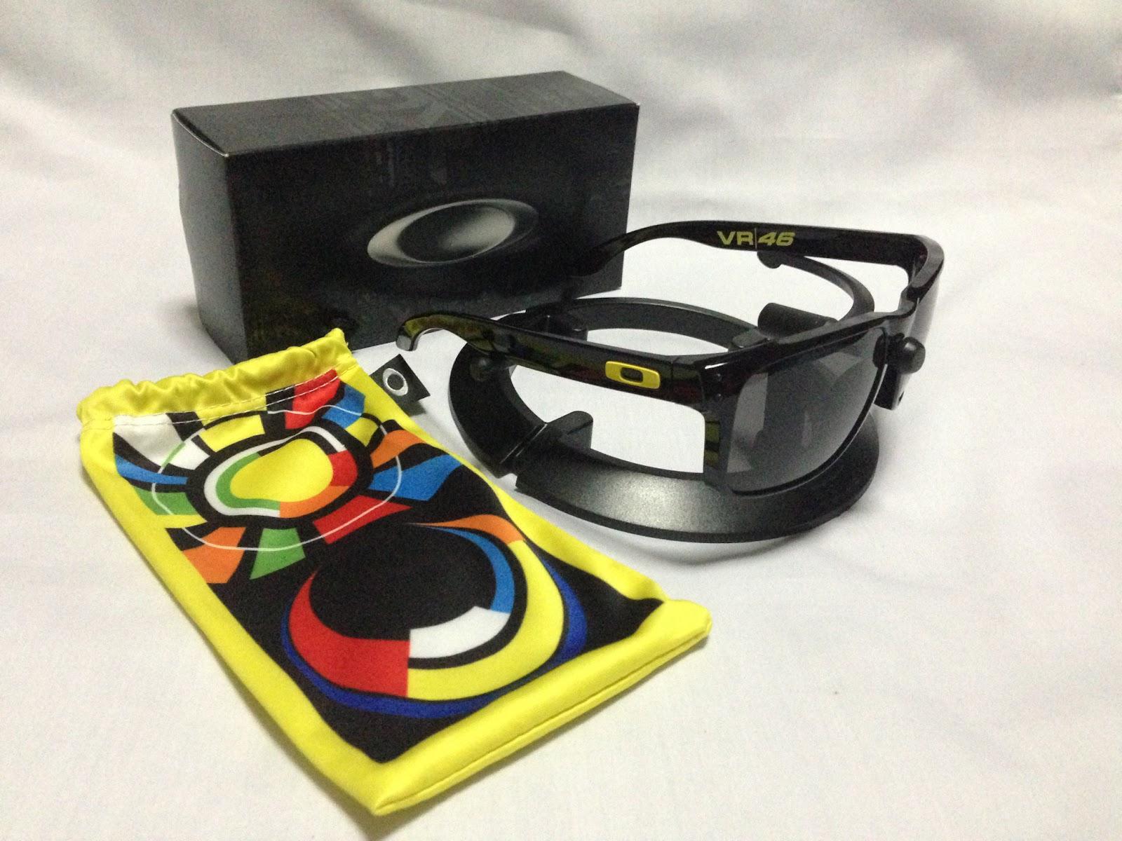 87fa063c479dd oakley sunglasses valentino rossi vr46 holbrook special edition signature  series