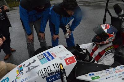 yrli araç şampiyon Türk beraber