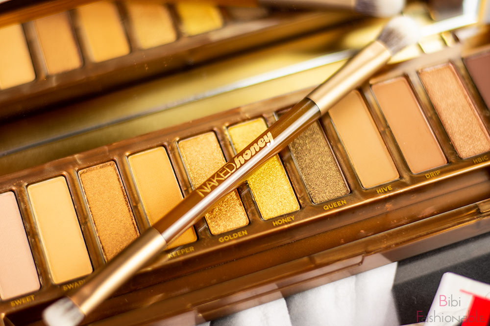 Urban-Decay-Naked-Honey-Pinsel-nah