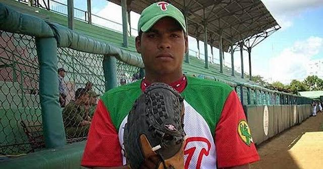 Carlos Juan Viera desmintió en su cuenta de Facebooklos rumores que lo situaban como posible secuestro en la República Dominicana y aseguró que se encuentra entrenando en Haití, país al que fue deportado