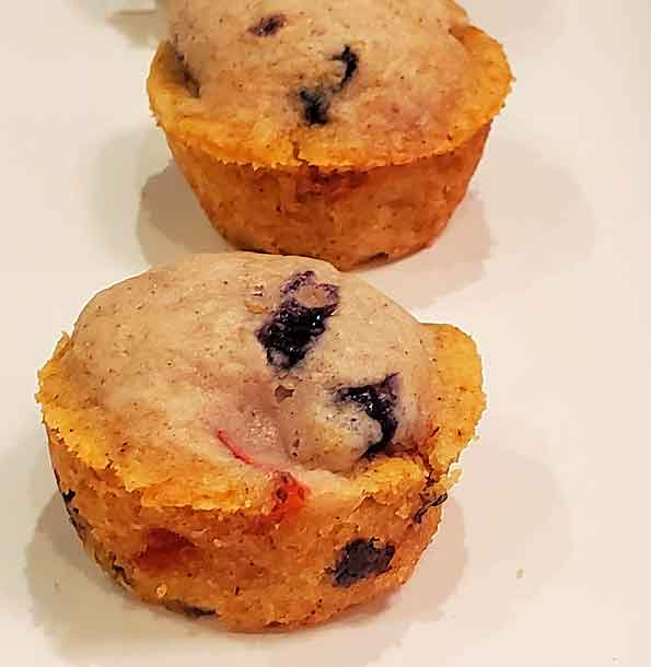 mini blueberry strawberry muffins