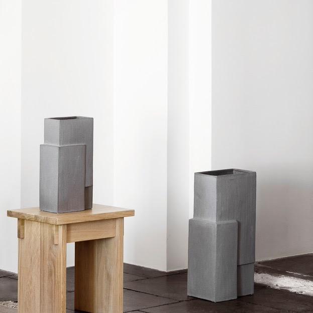 Monolith vase