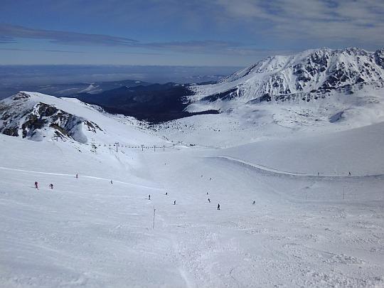 Widok łagodniejszego wariantu trasy z Suchej Przełęczy