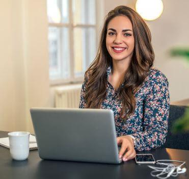 أفضل 20 فرصة عمل من المنزل برواتب مرتفعة