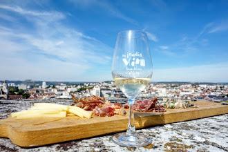 Ailleurs : Les Jeudis vin, dégustation des crus bourguignons dans les plus beaux lieux du patrimoine dijonnais - Dijon