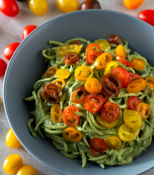 zucchini noodles with avocado sauce #dinner #avocado #noodle #zucchini #recipes