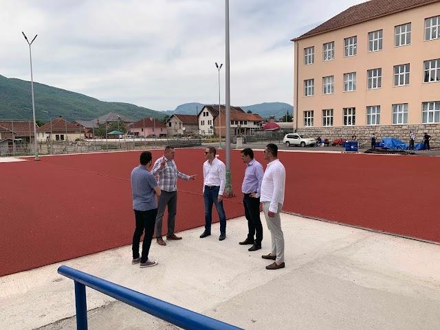 Šehović: Uskoro završetak sportskih terena u Plavu i Gusinju i škole u Vojnom Selu