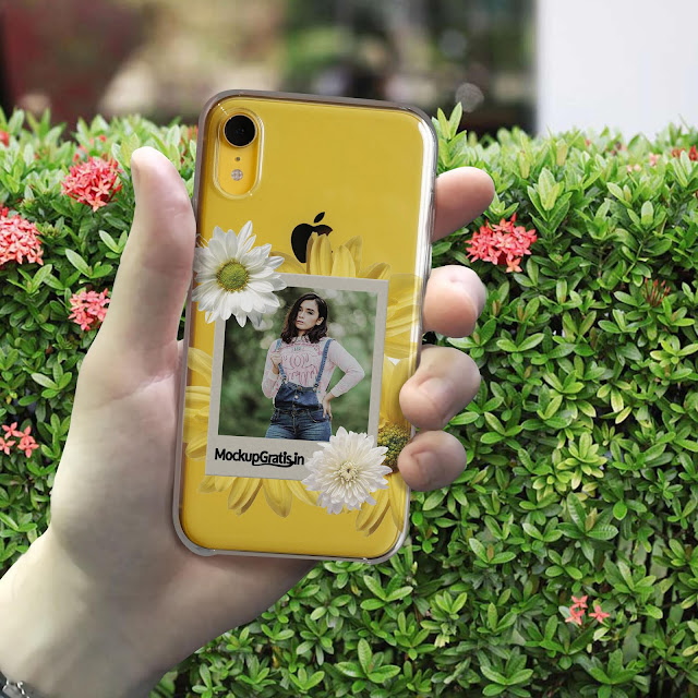Mockup Gratis Custom Softcase iPhone XR Transparan