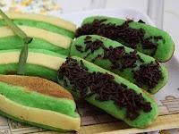 Resep Kue Pukis Hijau Tabur Cokelat Keju Enak