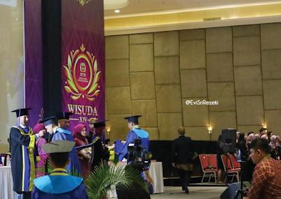 Wisuda XIV STT Bandung: Generasi Muda, Teknologi, dan Inovasi