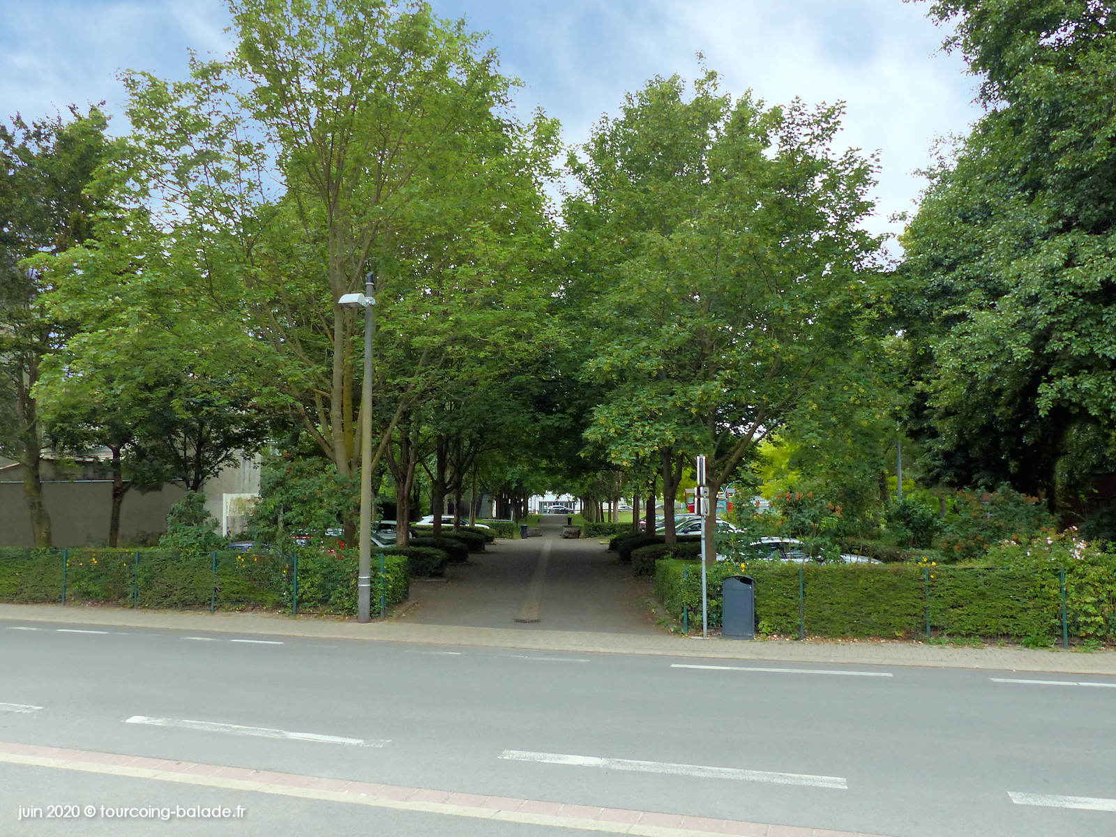 Parking des Abeilles, Tourcoing Épidème.