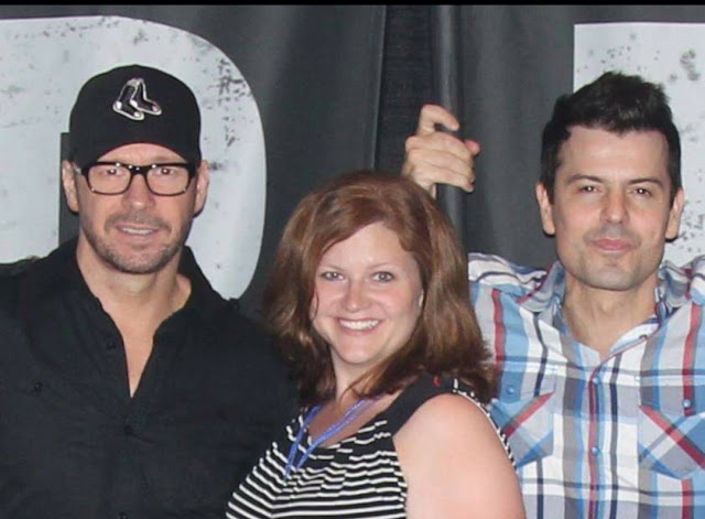 Laura @ufgirl76 NKOTB New Kids on the Block VIP Donnie