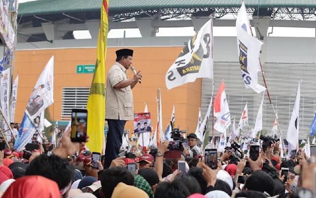 Prabowo Kecewa Tak Bisa Kampanye di Dalam Stadion Pakansari