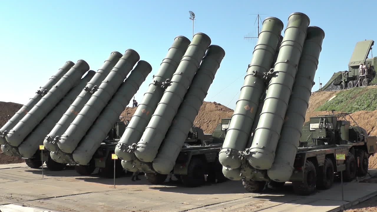 Russia Decided to Deliver S-400 Missile System to Iran
