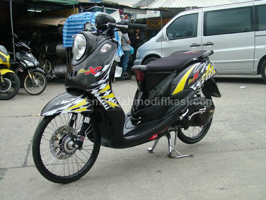 Modifikasi Yamaha Fino Thailook Full Carbon - Majalah Modifikasi