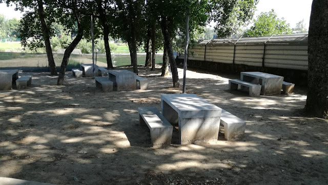 Zona das Mesas de merendas da Praiada Ponte do Bico