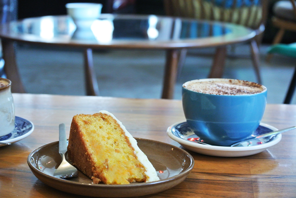 Cake and coffee at Spoon, Edinburgh