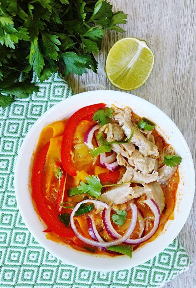 Tajska zupka z niedzielnego rosołu