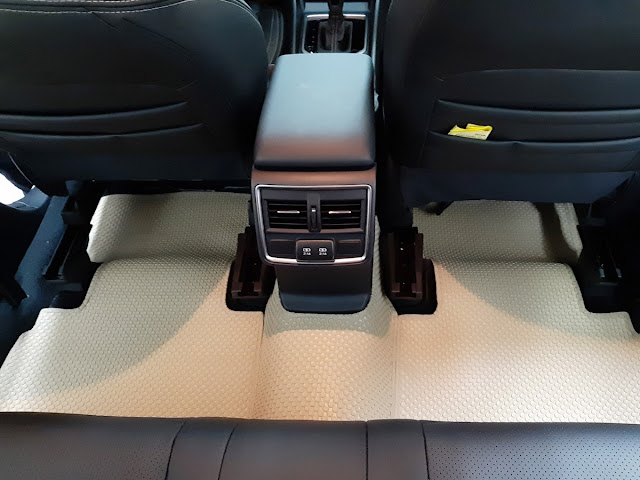 Thảm lót sàn Subaru Forester 2019 thương hiệu BackLiners