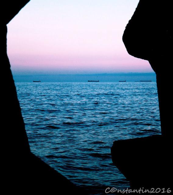 Constanța (framing prin elemente naturale) - blog FOTO-IDEEA