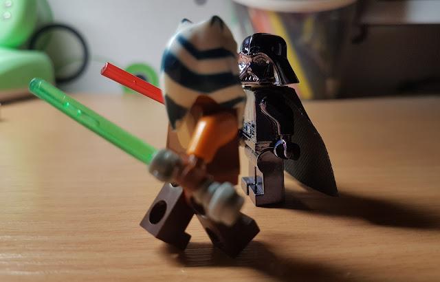 Ahsoka Tano VS Darth Vader fan art Star Wars