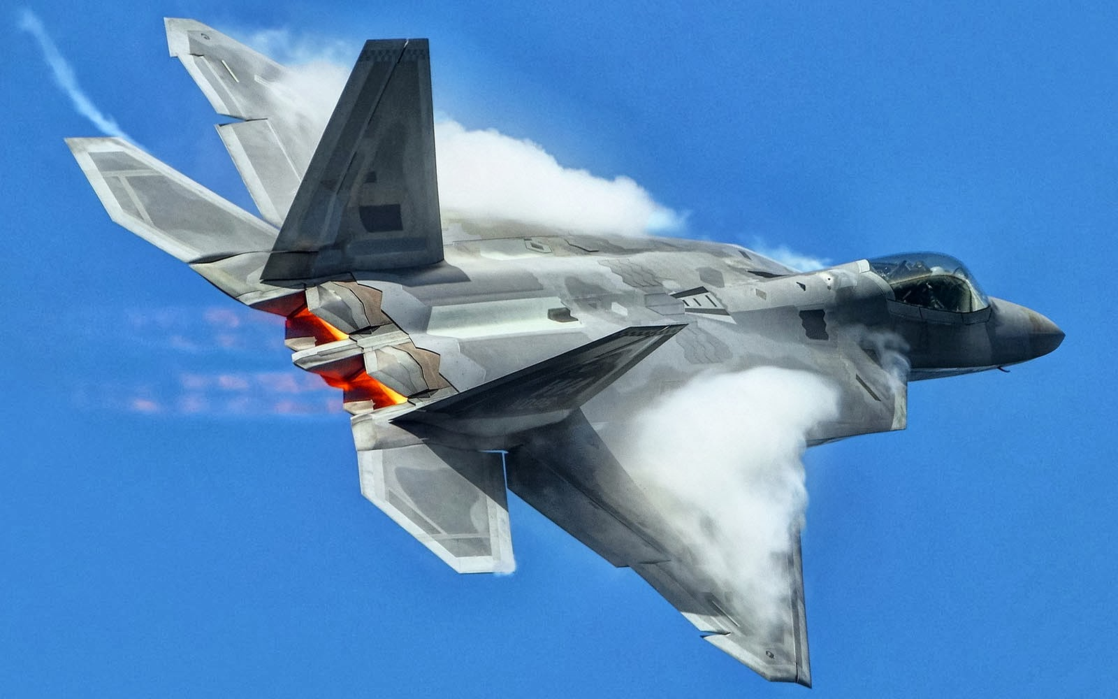 wallpapers: Lockheed Martin F-22 Raptor Wallpapers