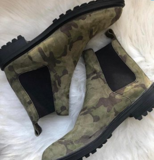 What I Ordered Vs What I Got: Man Cries Out After The Boots His Brother Ordered Was Delivered